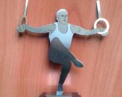 Метална статуетка на дървена основа с табелка от ABS