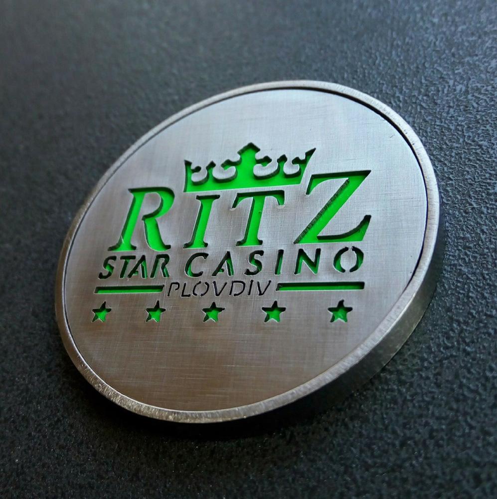 Монета - жетон за покер казино